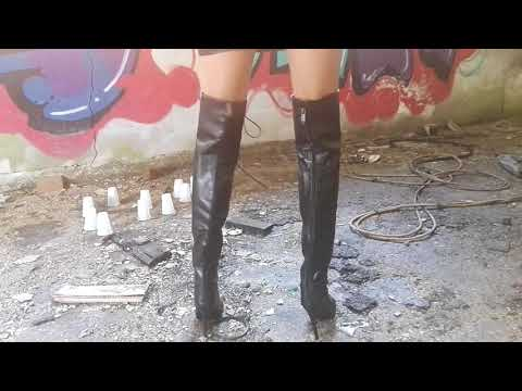 Fetish LadyIVe in leather summer high boots crushing plastick cubs