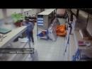 Кража в почтовом отделении Саранска Теперь почтовые отделение охраняют И чтоб клиента обслужили чтоб он отправил телеграмму ил