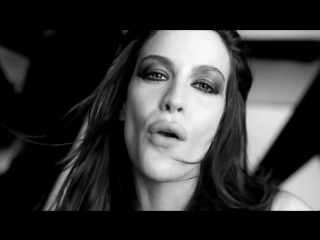 Givenchy Very Irresistible Givenchy Electric Rose Perfume Ad.mp4