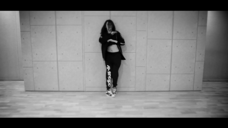 JI YEON [지연] - Never Ever[1min1sec] - Dance Practice