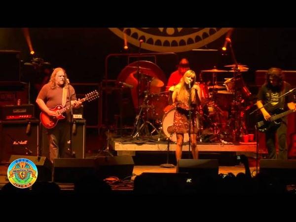 Govt Mule - Gold Dust Woman ft. Grace Potter - Mountain Jam VI - 6410