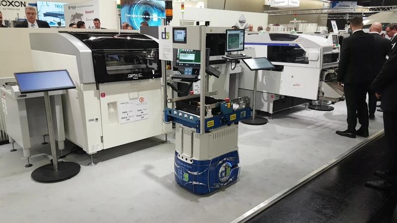 Робот для транспортировки компонентов, магазинов с печатными платами и пр.