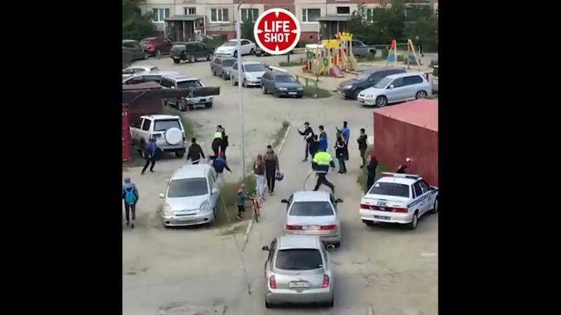 Малолетки отбили друга у полиции, Магадан