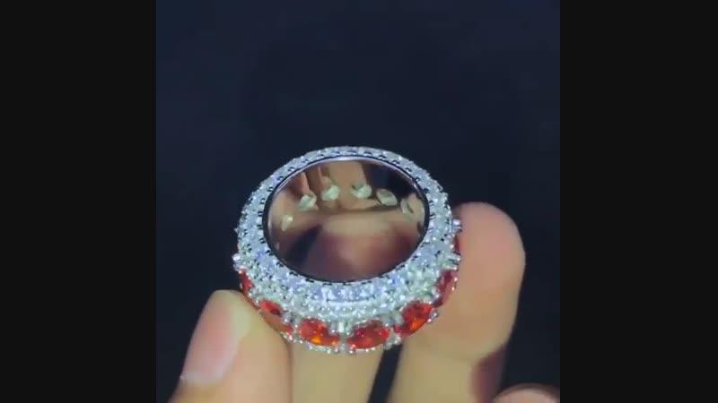 Голосуем за лучшее кольцо!😉 ⠀ @ aporro_russia всегда вперед!🏹 ⠀ aporro_russia кольцо iced фианиты блеск голосуем /