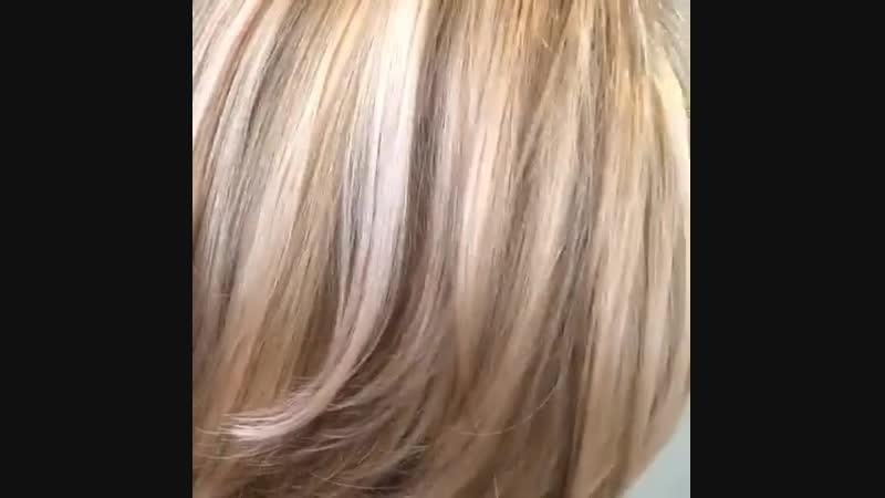Розовое-перламутровое колорирование, прекрасная возможность освежить образ, придать блеск волосам, добавить элегантность или игр