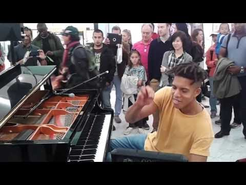 Tokio Myers Plays Piano live at London Tune