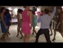 Прикол на свадьбе. Девка в розовом жг т DD (720p).mp4