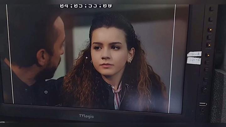 """Zeynep Melis Girşen on Instagram: """"10 sene evvel bir diziyle başlamış olsamda oyunculuğa. """"İlk göz ağrım"""" diyebileceğim işim EDHO'dur. Kendimi bile..."""