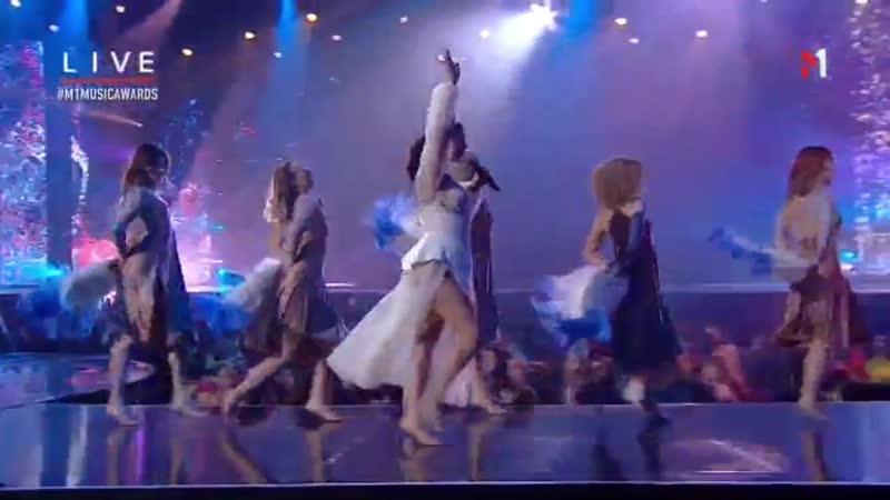 Оля Цибульська - Сукня біла,Дівчинка [M1- Music Awards 2018] (AVC-FHD1080p)