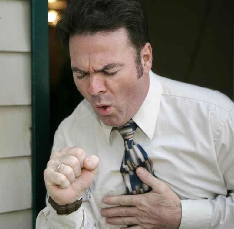 Кашель может быть симптомом различных респираторных заболеваний