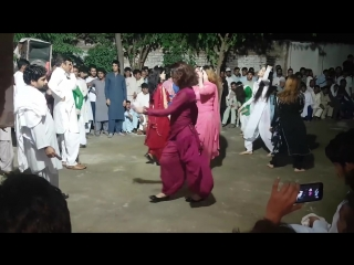 Pashto Dance-Karishma New Amazing Dance Performance Of 2017.mp4