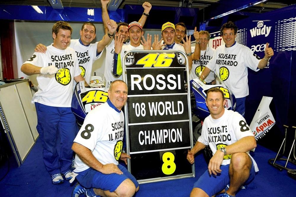 Валентино Росси исполнилось 40 лет