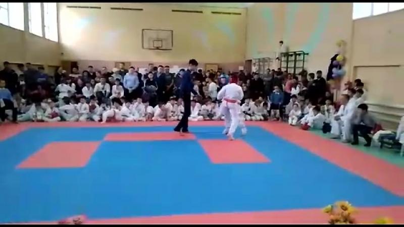 Бой Тамерлана Алмуратова (полуфинал)
