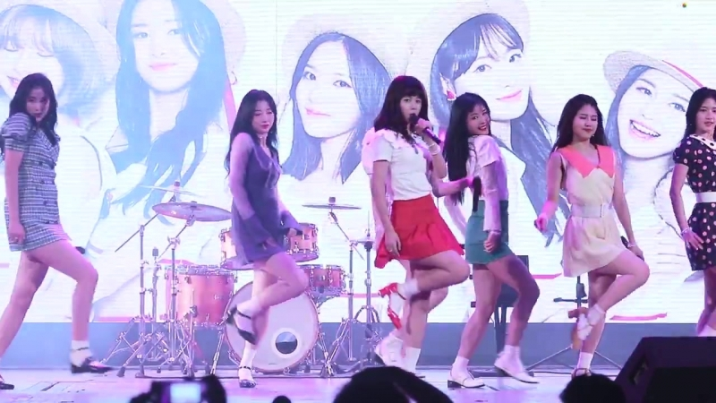 [FANCAM] 180802 NATURE — My Sharona (Cover) @ Lotte World Special Summer Party