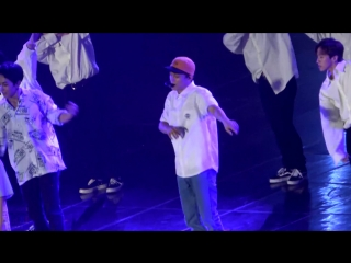 [FANCAM] 180805 Summer Vacation with EXO-CBX: D-2 @ EXO-CBX Chen - Hey Mama!