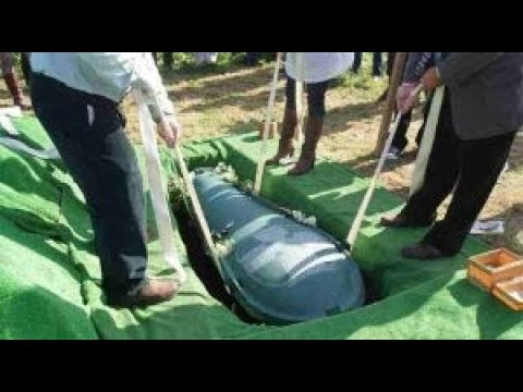 Гроб ЗАКОПАЛИ под землю как вдруг из него РАЗДАЛСЯ плач! Подняв крышку все взвыли! TheRelizzz