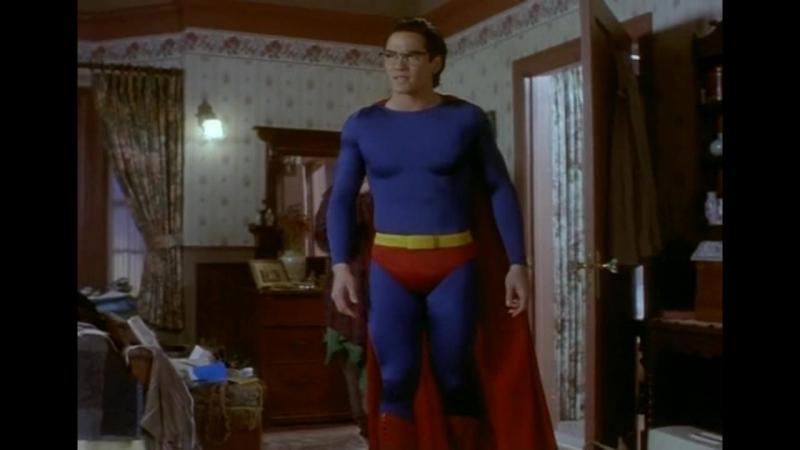 Как появился костюм супермена? (Lois Clark. The new adventures of superman)