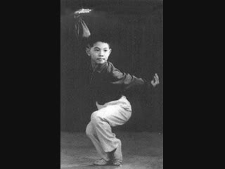 Джет Ли (Ли Лянцзе), Чемпион КНР по ушу, в разделе Чан цюань (Длинный кулак) 1978 год.