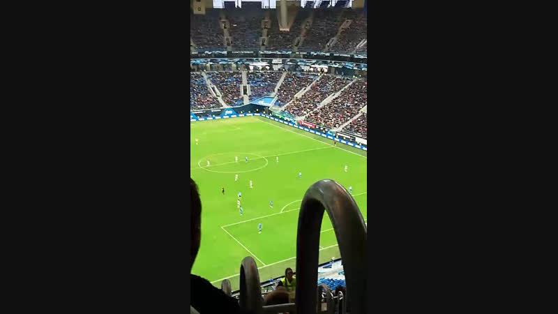 Футбол в зенит арене