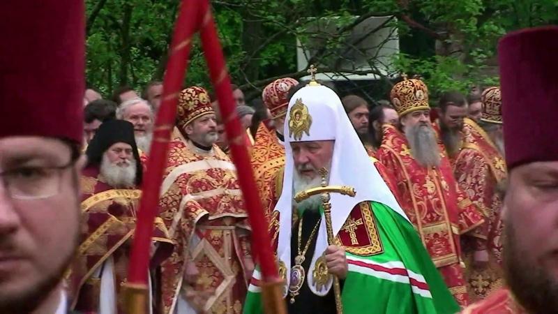 Патриаршее богослужение на Бутовском полигоне в Москве. Без комментариев.