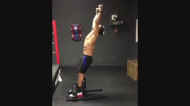 упражнение для мышц кора