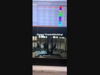 Skrillex share SICKO MODE remix