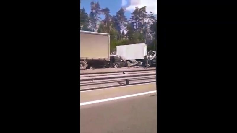 Последствия ДТП М-7 «Волга» 40км за 28.06.2018г, шесть автомобилей столкнулись