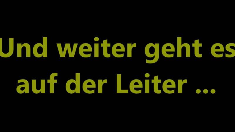 Schrumpfkopf TV / Horch, was kommt von draußen rein, wird doch bloß kein illegaler Flüchtling sein ...