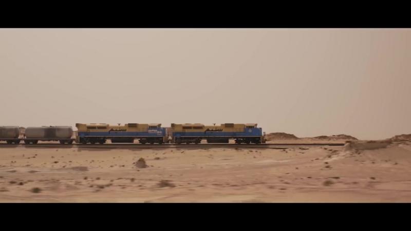 Красивейшая короткометражка от National Geographic о самом длинном поезде в мире