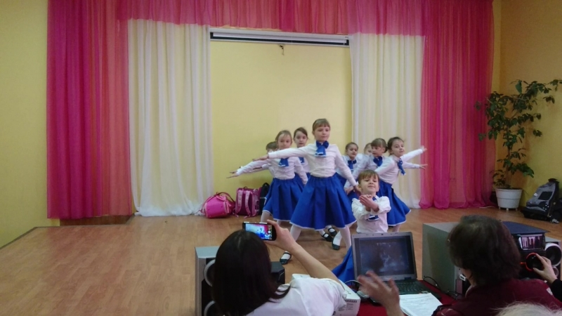 Танец Стюардесс 1А класс
