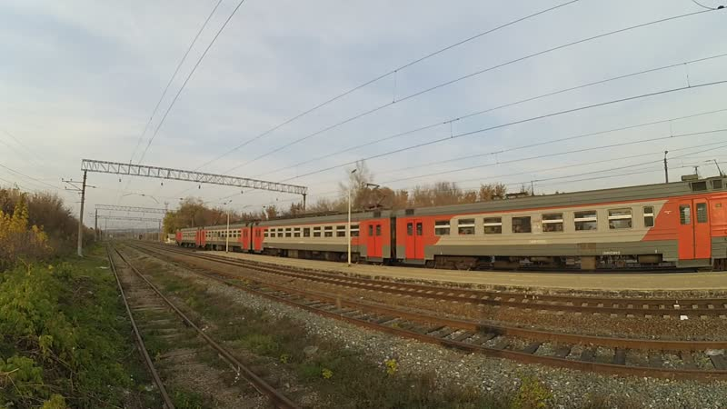 ЭД4М 0166 с приветливой локомотивной бригадой