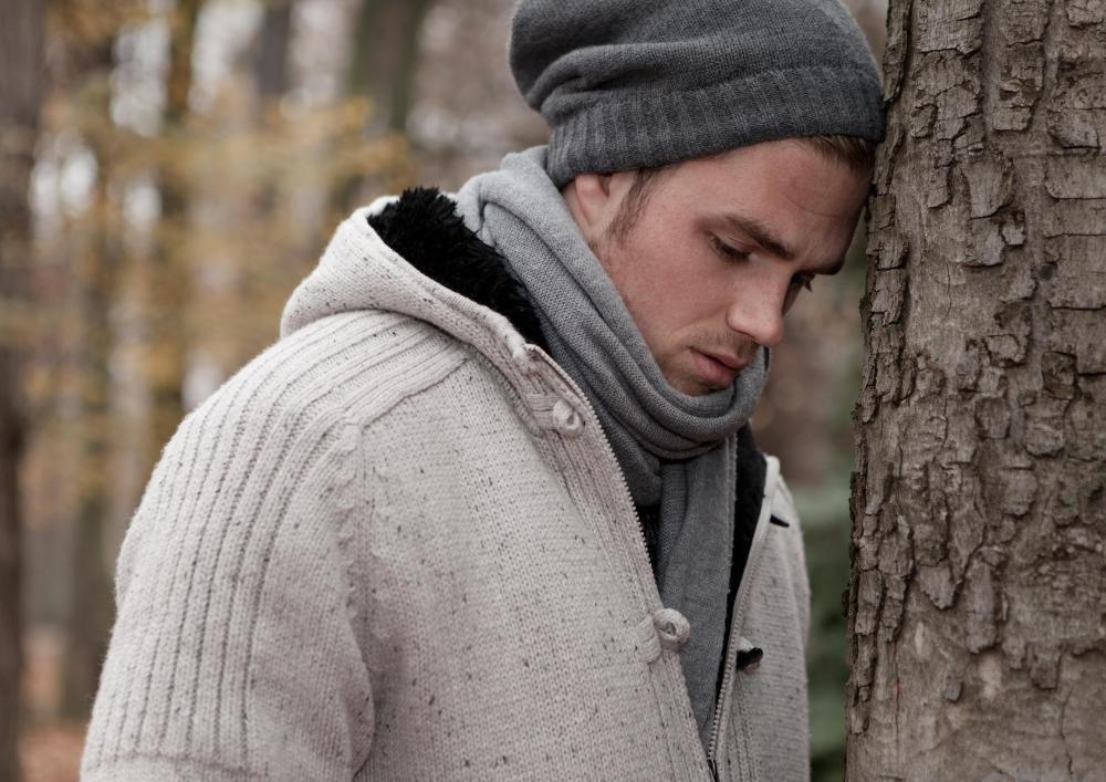 Абсолютная безнадежность может быть симптомом биполярного расстройства.