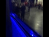 Нападение МакГрегора. Видео из салона автобуса с бойцами UFC