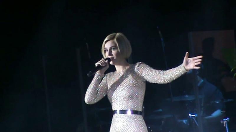 Полина Гагарина в Саратове (08.11.2017)