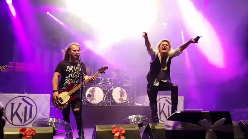 Kissin Dynamite live beim Bang Your Head CRAZY X-MAS 2018 Festival
