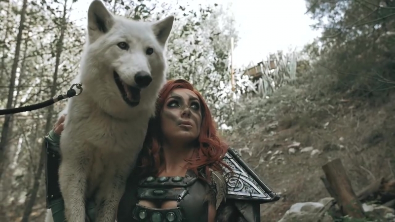 PLAYING WITH REAL WOLVES SKYRIM COSPLAY video cosplay redhead boobs warrior archer JessicaNigri fantasy