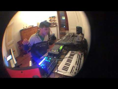 Sweely Home Breaks with MPC 1000, TR 8, Minilogue, and Ableton