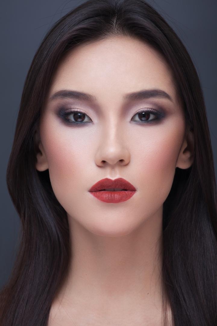 этом цикле макияж для азиатских глаз без век фото поверх удлиненного жилета