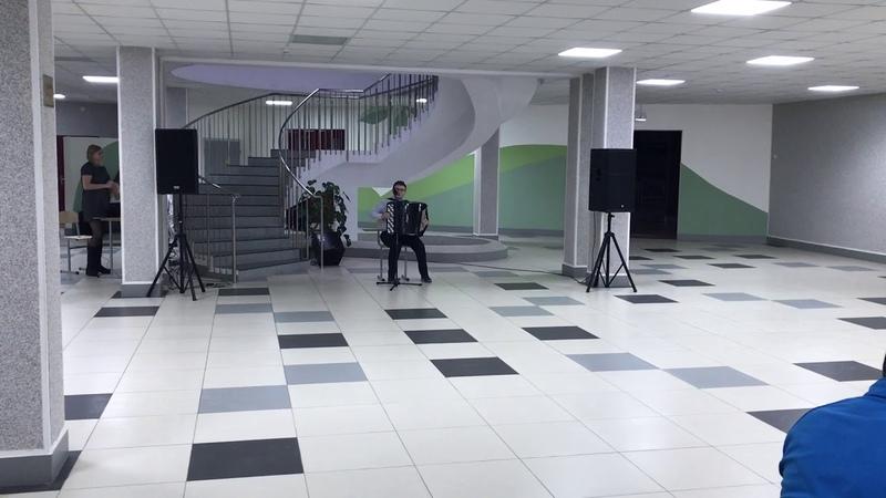 Олег Судник Не падайте каштаны сл и муз Олега Судника Песня из к ф Запах лаванды