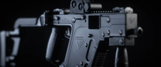 Kriss Vector - Turntable Close