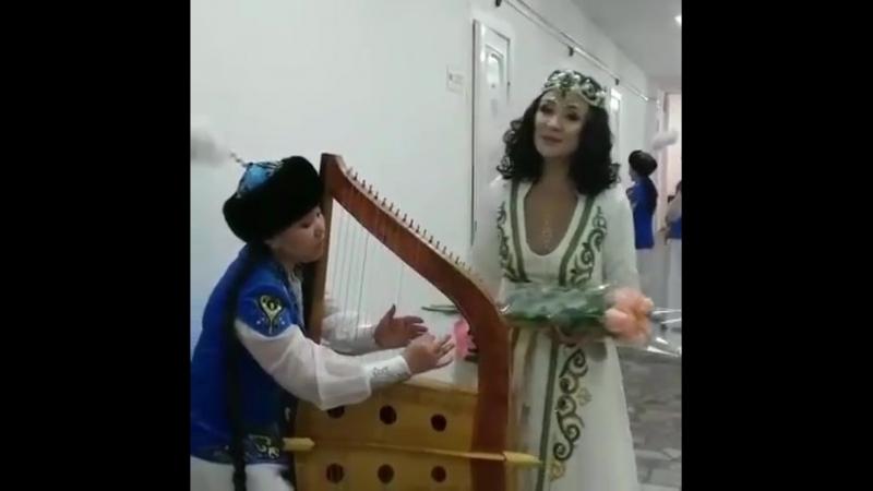 Димаш орындап жүрген Дайдидау әнін Түсіпбаеваға орындаган жұрт таң қалды видео