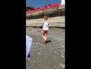 Танцы под фиксиков на пляже. Май 2018