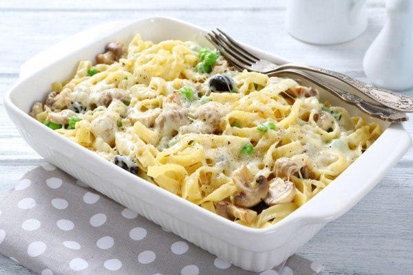 Запеканка из макарон: пять рецептов для обеда
