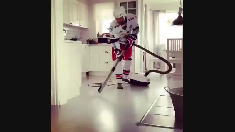 изобретательная жена хоккеиста