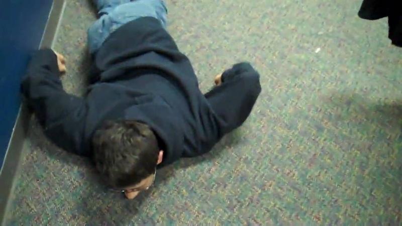 Robert gets beat up by 2 girls.wmv