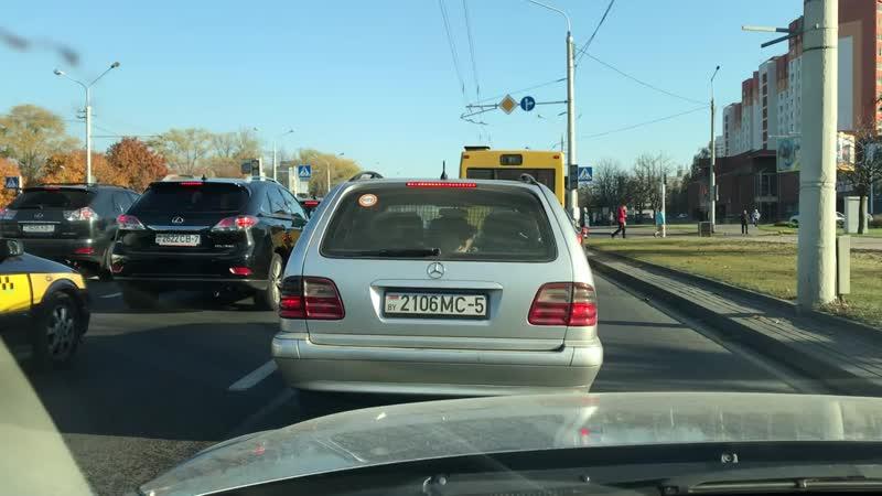 В Минске водитель перевозил в багажнике пятерых детей