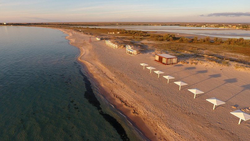Пляж кемпинга Sunset, Оленевка, Крым
