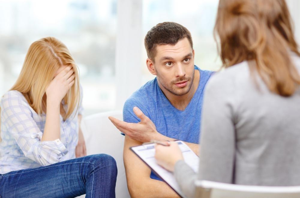Терапевт НЛП может помочь клиентам преодолеть некоторые фобии.