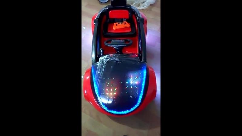 Электрический автомобиль четырехколесный