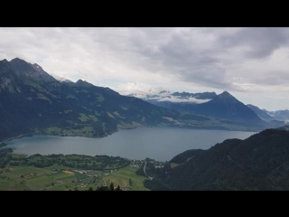 Harder Kulm Interlaken. Zwischen Brienzsee und Thunersee.mp4